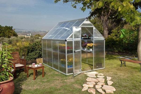 serre-de-jardin-en-polycarbonate-joli-extérieur