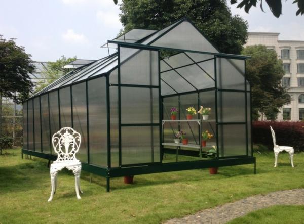 serre-de-jardin-en-polycarbonate