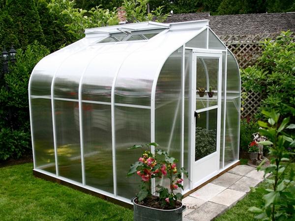 La serre de jardin en polycarbonate - Destockage serre jardin ...