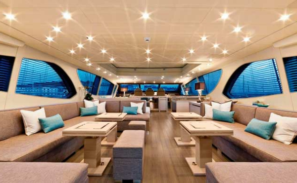 superbe-yacht-design-du-salon