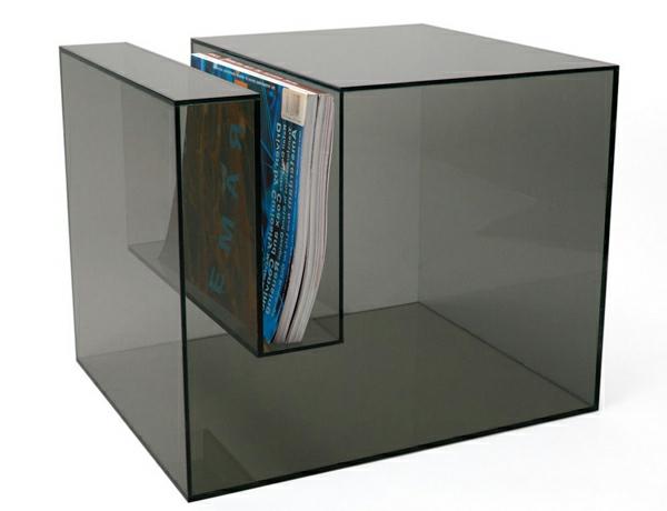 table-basse-transparente-et-place-de-rangement