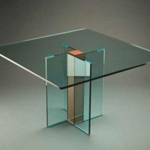 La table basse transparente - designs créatifs