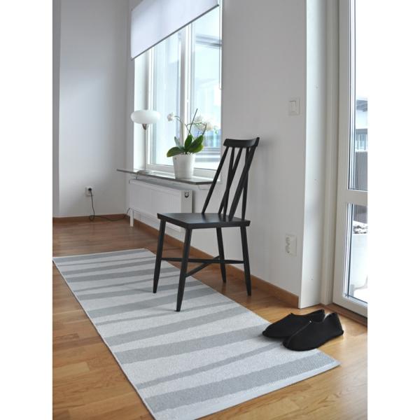 tapis-couloir-gris-blanc