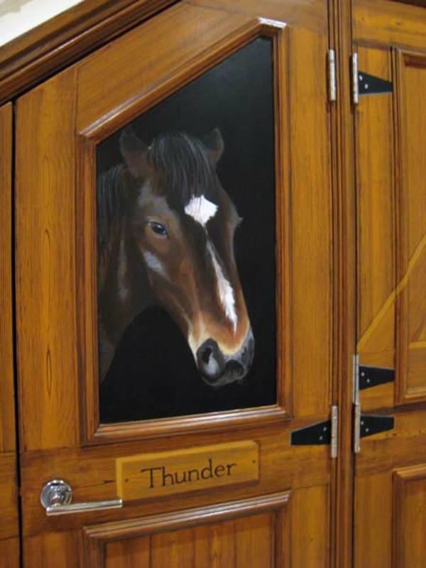 trompe-l' oeil-pour porte-un-cheval