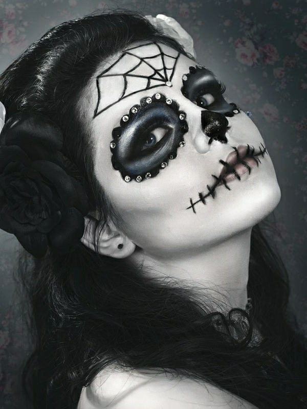 tuto-du-maquillage-de-Halloween-unique