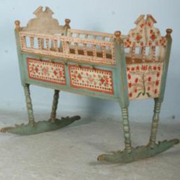 unique-meuble-vintage-d'enfant