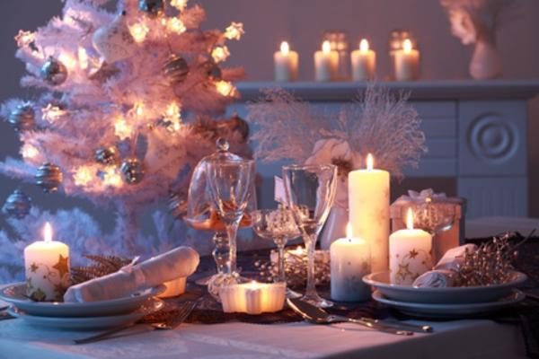 unqiue- déco-de-Noël-en -blanc