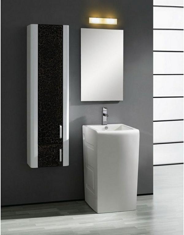 vasque-colonne-au-dessous-d'un-miroir