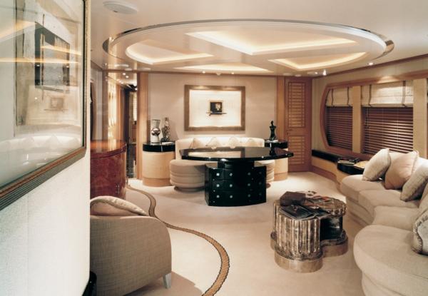 yacht-du-luxe-intérieur