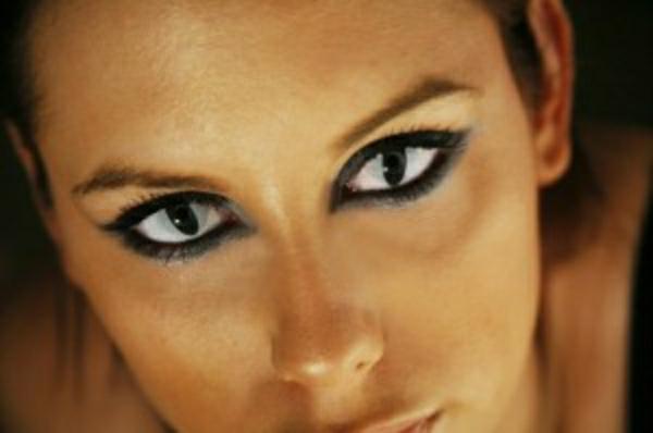 yeux-deserpent-hallowee-lentille