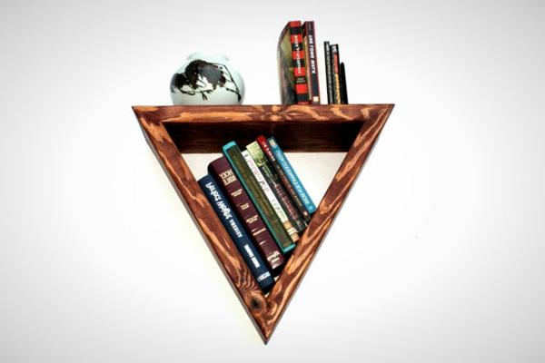 étagère-murale-design-triangulaire