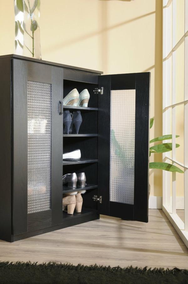 jolie classique armoire
