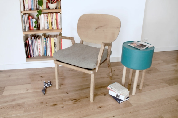 Bellila-Table-dappoint-hat-et-fauteuil-dada