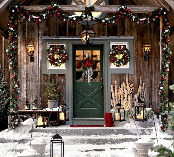 Božićna-dekoracija-vrata-resized