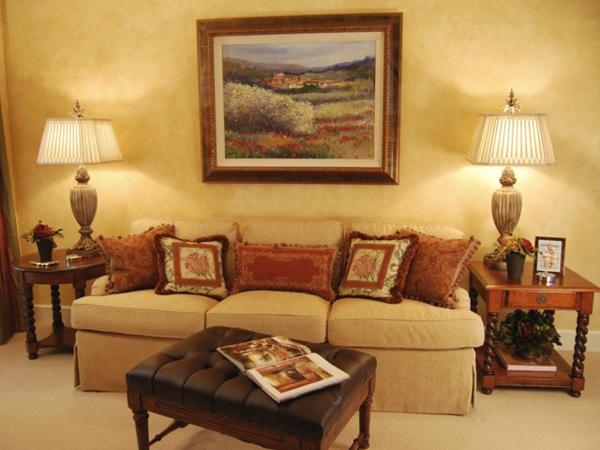 Idées-de-décoration-pour-salle-de-séjour-Toscane-salle-de-séjour-en-beige
