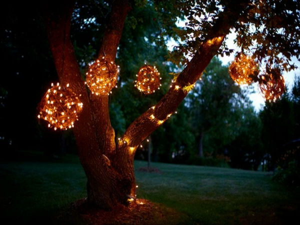 Lighted-Grapevine-Balls-for-Outdoor-Lighted-Christmas-Decorations-resized