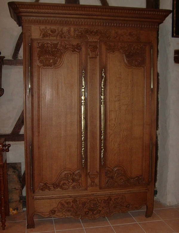 L 39 armoire normande meuble classique - Armoire normande de mariage ...