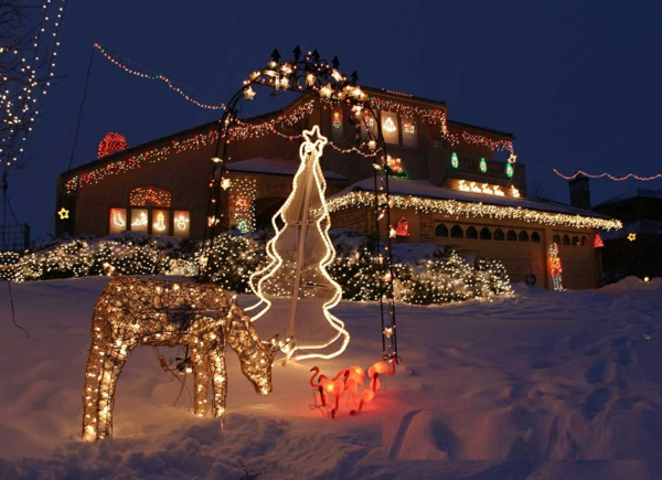 Outdoor-Decorating-Ideas-christmas-decorations-outdoor-christmas-decorations--resized