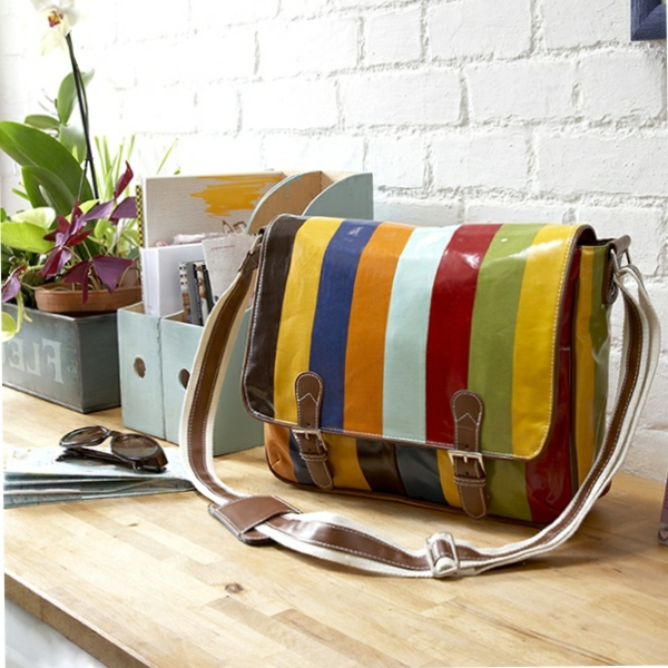 sac-cartable-rayures-multicolores