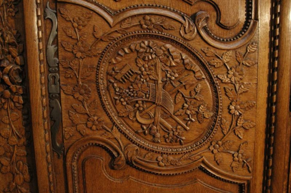 cool-design-de-armoire-normande