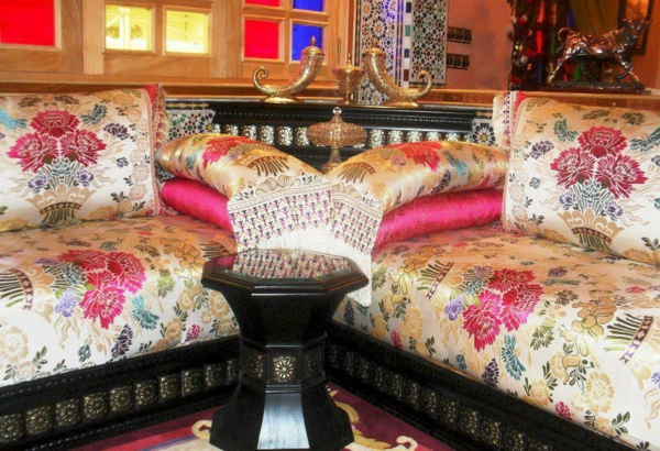la d coration marocaine chez vous. Black Bedroom Furniture Sets. Home Design Ideas
