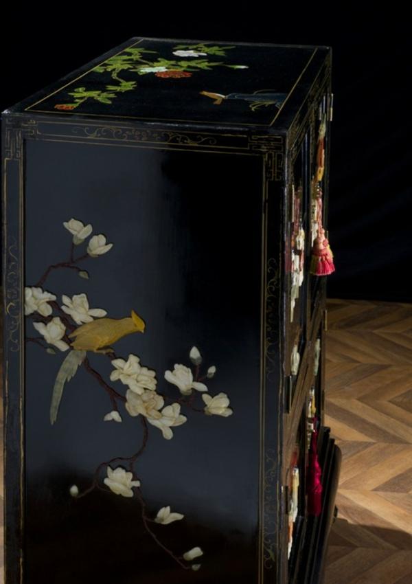 armoire-chinoise-laquee-incrustations-de-jade
