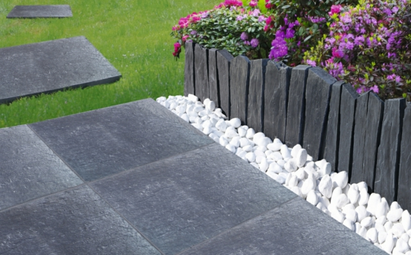 Diff rents bordures de jardin for Bordure fenetre beton