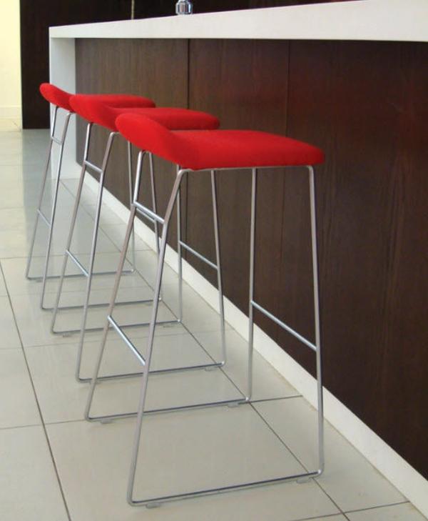 chaise-de-bar-rouge-chaises-de-bar-rouges-élégantes