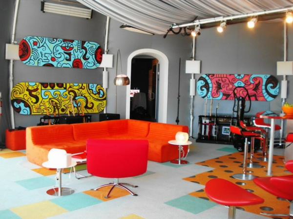 chaise-de-bar-rouge-chaises-hautes-rouges-un-salon-moderne-design-décoratif
