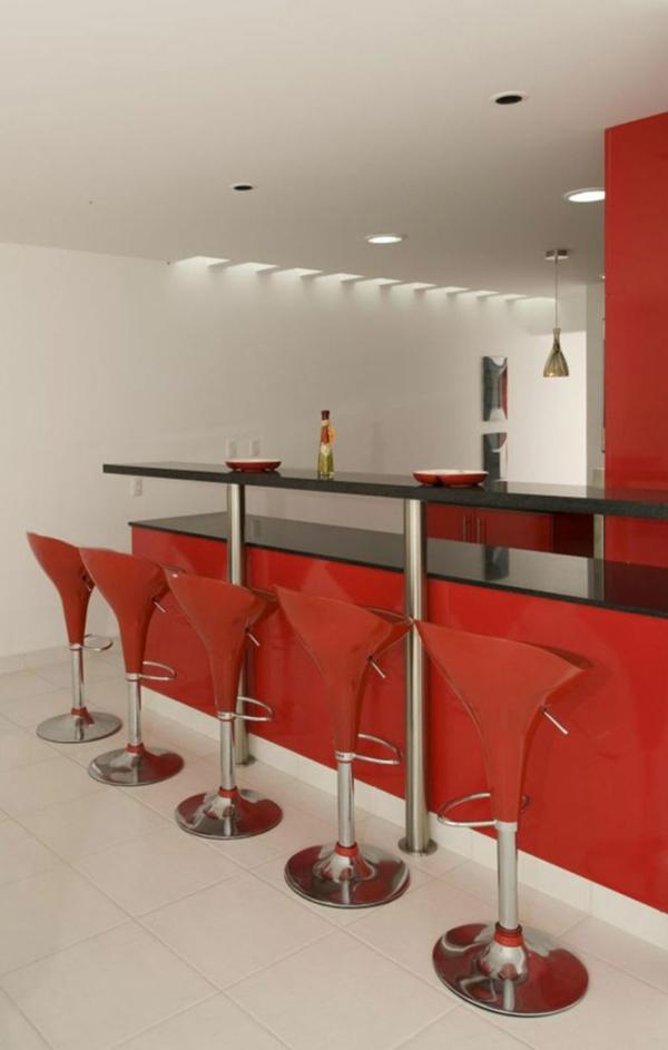 chaise-de-bar-rouge-comptoir-de-cuisine-et-chaises-rouges-futuristiques