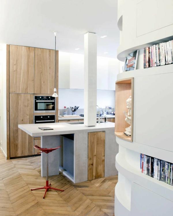chaise-de-bar-rouge-cuisine-blanche-plancher-en-bois