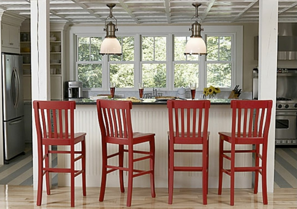 chaise-de-bar-rouge-quatre-chaises