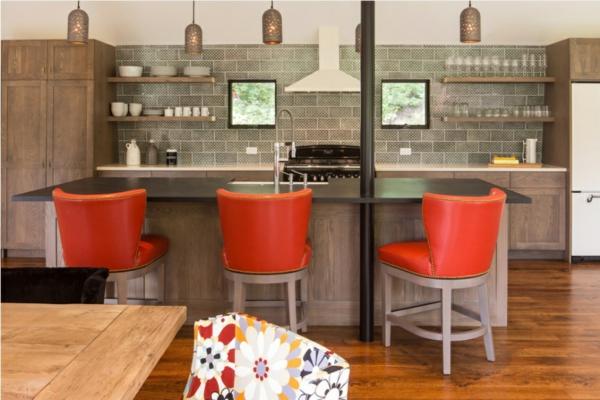 chaise-de-bar-rouge-trois-chaises-de-bar-cosy