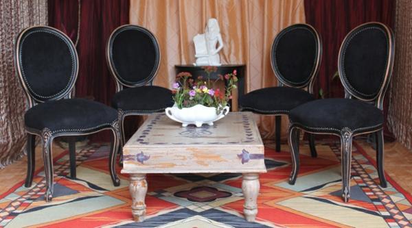 chaise-medaillon-noir-style-louis-XV
