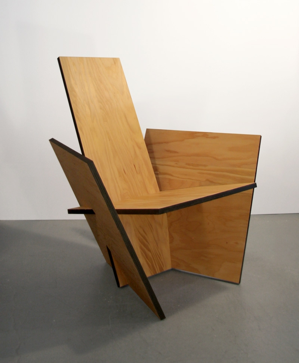 Chaises industrielles designs vintage et modernes - Fabrication d une chaise en bois ...