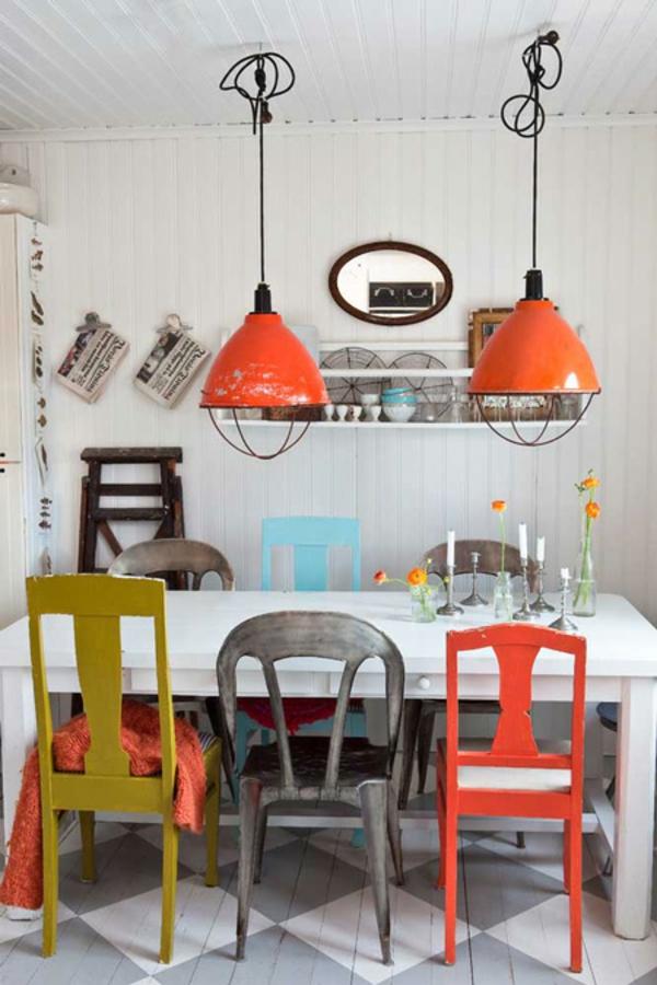 chaises-industrielles-chaises-et-lampes-style-industriel