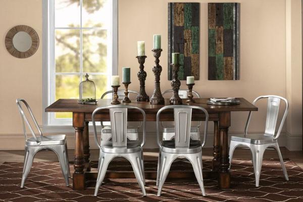 chaises-industrielles-couleur-métallique
