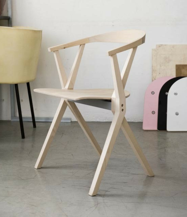 Chaises pliantes originales designs vintage et modernes - Chaise pliante solide ...