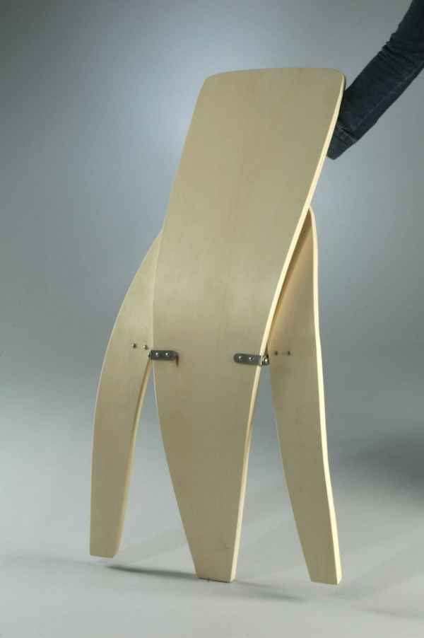 chaises-pliantes-chaise-pliante-en-bois-clair