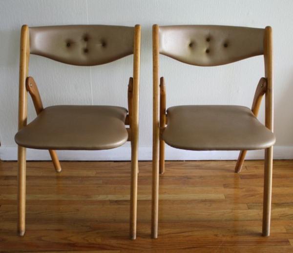 chaises-pliantes-dossiers-capitonnés