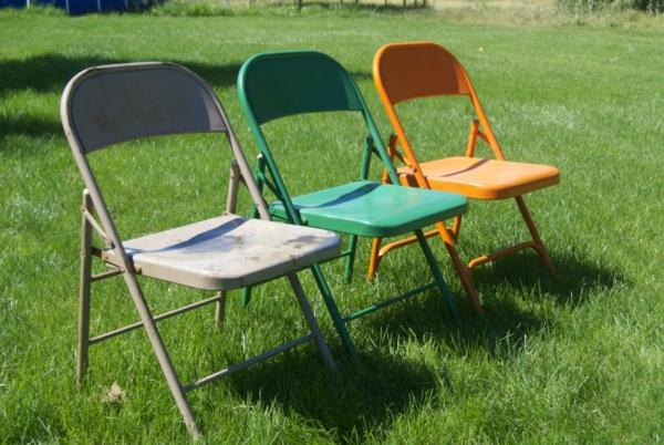 chaises-pliantes-trois-chaises-originales