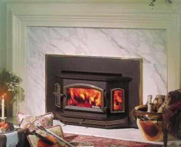 la chemin e insert moderne en fer. Black Bedroom Furniture Sets. Home Design Ideas