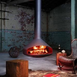 La cheminée suspendue - le design spectaculaire du chauffage