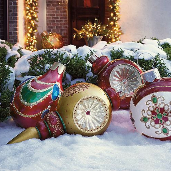 christmas-outdoor-decoration-ideas-landscaping-ideas-for-front-yard-on-a-budget-resized