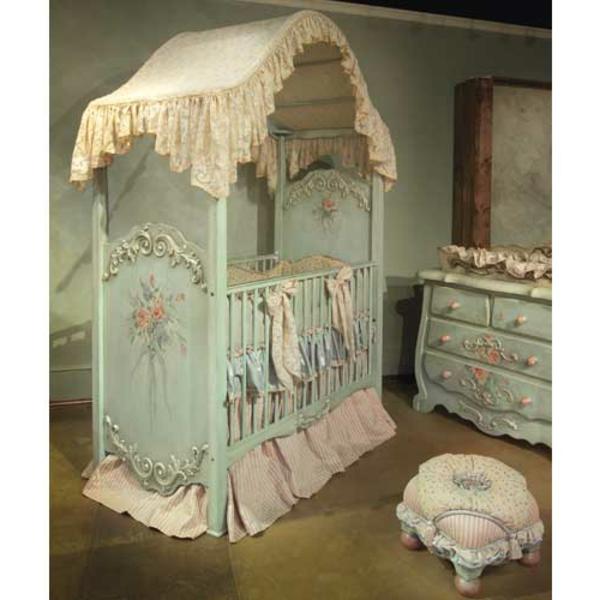 ciel-de-lit-bébé-un-lit-carrosse