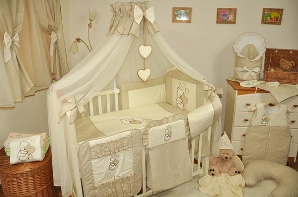 ciel-de-lit-bébé-rideaux-de-lit-superbes