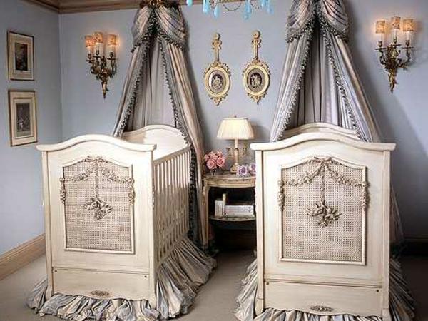 Le ciel de lit bébé protège le bébé en décorant sa chambre - Archzine.fr