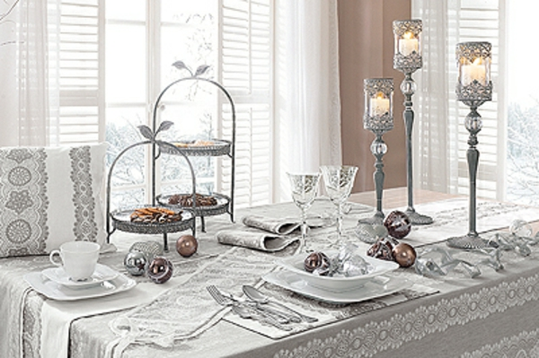 Blanche d co de table de no l 50 id es for Table de noel argent et blanc
