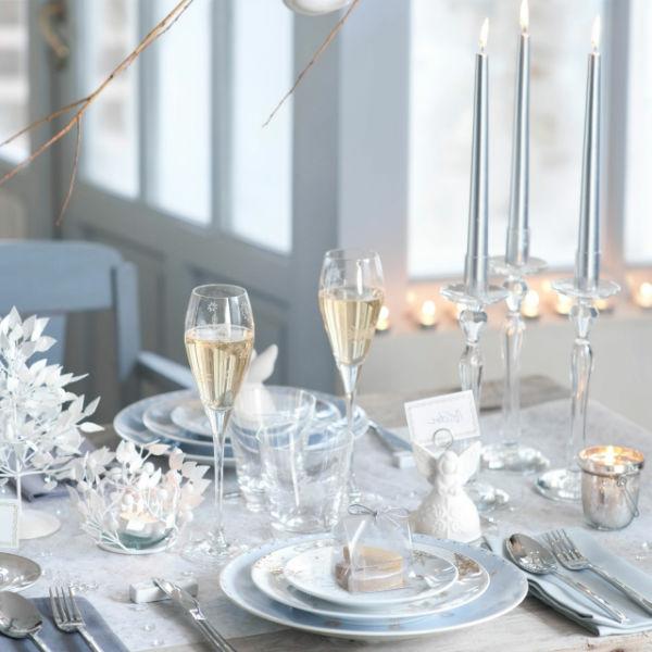 déco-de-table-de-Noël-élégante