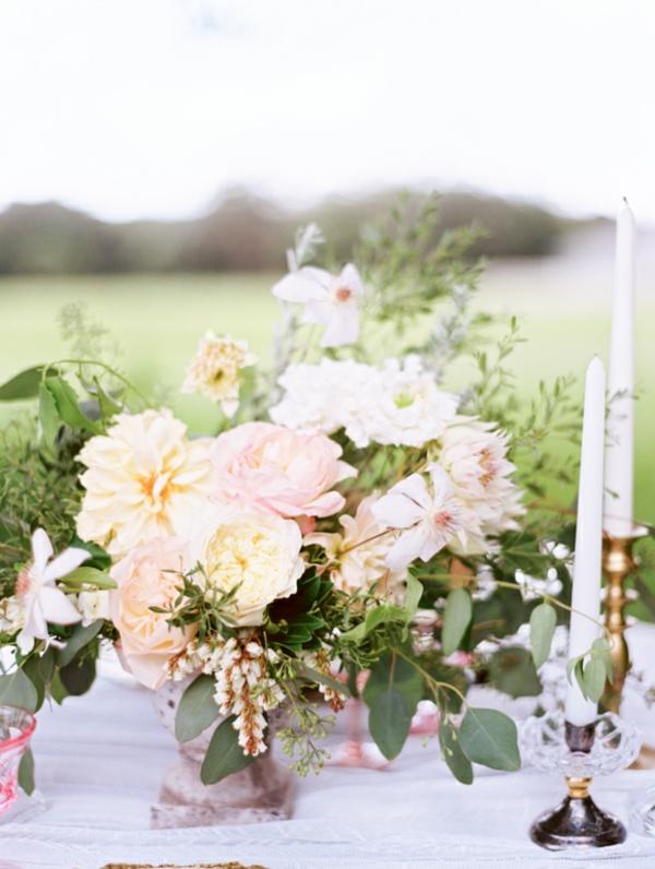 décoration-floral-de-mariage-en-roses
